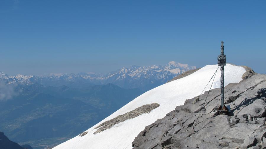 Weitere zwei Stunden später ist der Gipfel erklommen!