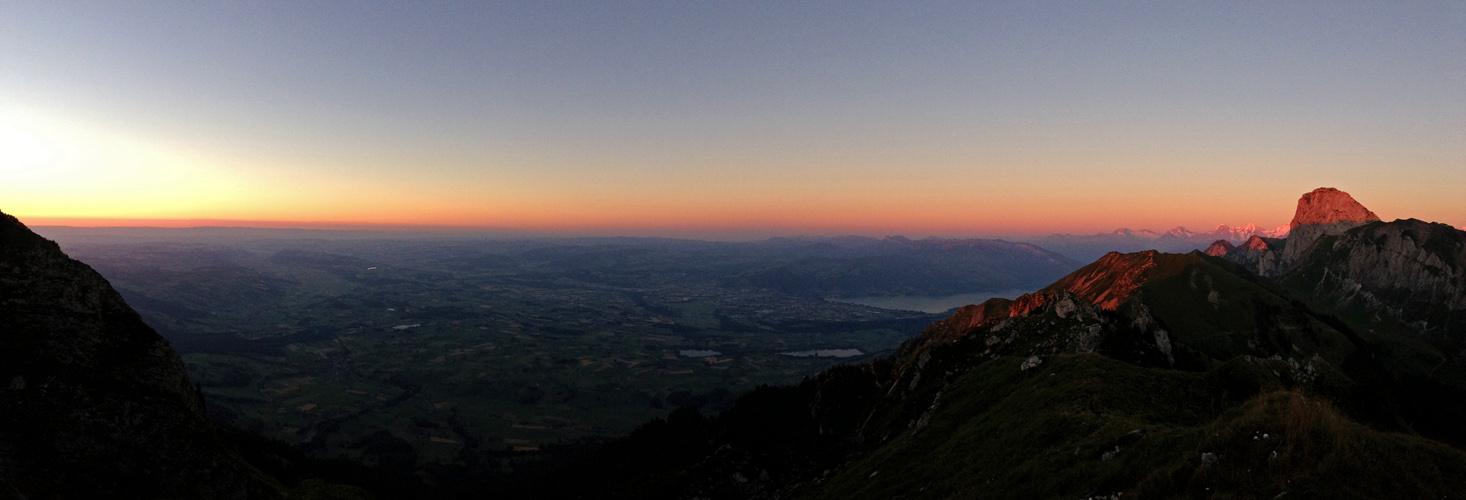 Was für ein Sonnenuntergangs-Panorama!
