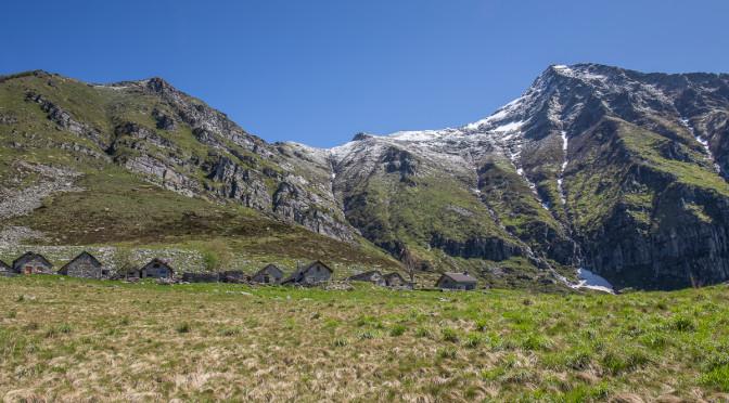 Typische Tessiner Alpen um den Pizzo Vogorno