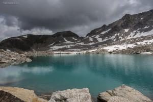 Hübsches Seeli zwischen Schwarzhorn und Fuorcla Radönt
